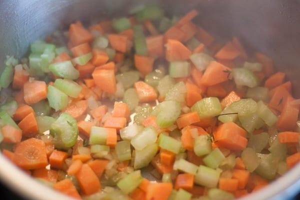 Gemüse anschwitzen